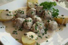 Königsberger Klopse  (meatballs in sour cream gravy)