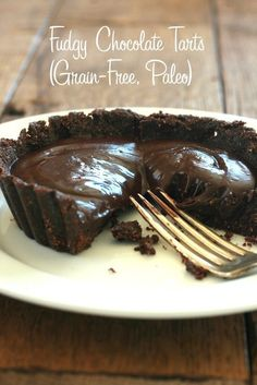 Paleo Fudgy Chocolate Tarts