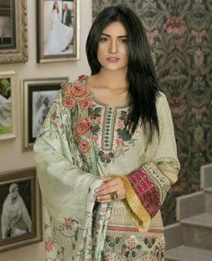 Sara Khan Pakistani, Pakistani Actress, Pakistani Dramas, Pakistani Party Wear, Pakistani Outfits, Casual Wear, Casual Dresses, Classy Suits, Dress Codes