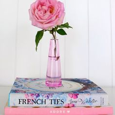 We have a quick and easy tutorial for a DIY perfume bottle vase on DIY Decorator today by Kylie I can't wait to try one too.