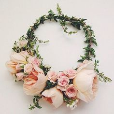 mysummercrown Floral Headdress, Flower Headpiece, Chic Wedding, Our Wedding, Ivy And Aster, Pop Up, Pastel Roses, Flower Boutique, Beach Wedding Decorations