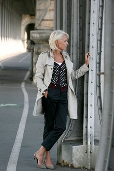 From: http://www.mastersmodels.com/fr/143/veronique-bellin