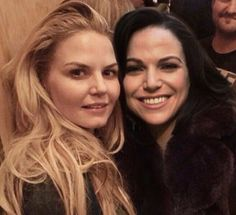 Ouat Cast, Queen Love, Swan Queen, Regina Mills, Jennifer Morrison, Captain Swan, Emma Swan, Once Upon A Time, Girl Crushes