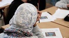Berliner Kopftuch-Lehrerin erhält Entschädigung