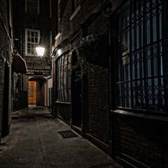 Fishers Alley covent garden