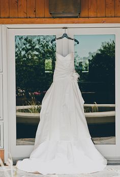 1000 images about wedding gowns on pinterest wedding for Wedding dress styles for big hips