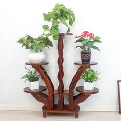 House Plants Decor, Plant Decor, Indoor Plant Shelves, Wooden Plant Stands, Decoration Plante, Apartment Balcony Decorating, Inside Plants, Flower Stands, Moroccan Decor
