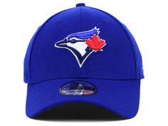 Toronto Blue Jays New Era 39THIRTY Fitted Hat Sports Merchandise, New Era 39thirty, Toronto Blue Jays, Different Styles, Baseball Hats, Mens Fashion, Confident, Fitness, Challenge