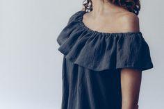 La hippie est un patron de couture de top ou de robe, romantique et bohème, pour mettre les épaules en valeur ! Niveau débutant, rapide et facile à coudre