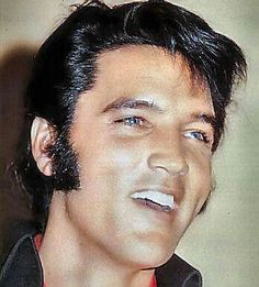 *ELVIS ~ Gorgeous eyes and smile!!! Elvis Presley #ElvisSerendipity #Elvis #Presley