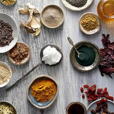 10 Essential Superfoods All Women Should Eat