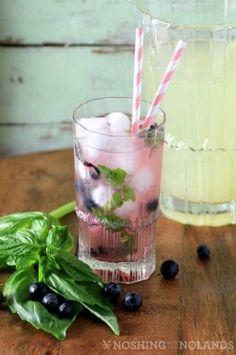 Spring Thyme Lemonade - Basil Lemonade, Blueberry Lemonade, Blueberry Recipes, Lemon Recipes, Drink Recipes, Blueberry Syrup, Blueberry Cheesecake, Juice Recipes, Dessert Recipes