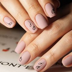 Cool Exquisite nails images for your pleasure. Pale Pink Nails, Neutral Nails, Stylish Nails, Trendy Nails, Acrylic Nail Designs, Acrylic Nails, Matte Nails, Punk Nails, Short Gel Nails