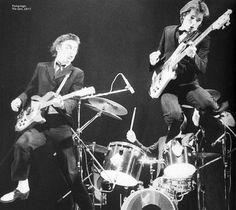 Paul Weller and Bruce Foxton reunite for a Jam Rickenbacker Bass, The Style Council, Paul Weller, Rock News, Ukulele Chords, Rock N Roll Music, Great Pic, Rockn Roll, Listening To Music