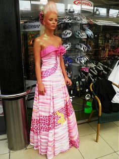 Cherie-Cherie / Haute couture dress of silk - hand paintend