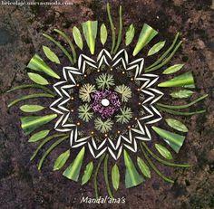 Infrecuente Voice of Nature — Amazing mandala by Mandalana Mandala Nature, Flower Mandala, Mandala Art, Flower Art, Land Art, Ephemeral Art, Flower Circle, Forest Art, Art Sculpture