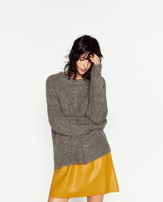 Sweater weather is here and I m back with another A LESSON IN BASICS post,  today I ll tell you a bit about the 7 knitwear pieces that oughtta be in  your ... 3a2e54777e