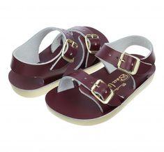 Štýly tejto sezóny a najnovšia kolekcia sandálov - slaná voda Salt And Water, Sandals, Leather, Style, Swag, Shoes Sandals, Sandal, Outfits