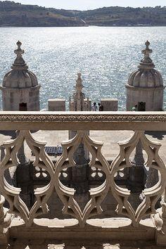 Torre de Belém, in de Rio Tejo (Taag), stadsdeel Belém, Lisboa. Zicht op de Taag