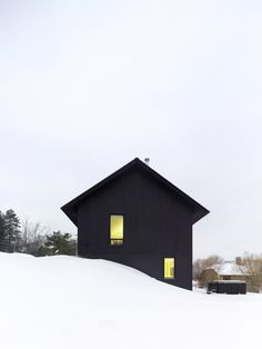 Chalet in the snow in Ontario #dreamhouseoftheday via @CONTEMPORIST