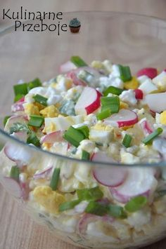 Hawaiian Pasta Salad is a delicious cold pasta salad recipes! Pasta ham & sweet pineapple and tossed in a homemade pineapple dressing! Best Pasta Salad, Pasta Salad Recipes, Recipe Pasta, Pork Recipes, Cooking Recipes, Healthy Recipes, Tastee Recipe, Salad Dishes, Summer Salads