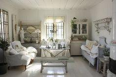 'The Perfect Shabby Chic Cottage' @ iheartshabbychic.blogspot.com
