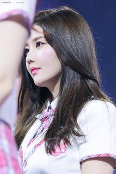 K-Pop Babe Pics – Photos of every single female singer in Korean Pop Music (K-Pop) Secret Song, Famous Girls, Kim Min, Kpop, The Most Beautiful Girl, Female Singers, Single Women, The Wiz, Pop Music