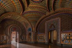 Castello di Sammezzano. Beautiful Abandoned Buildings - Tour An Abandoned Castle In Tuscany