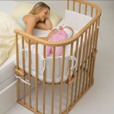 Maintain contact with baby without disturbing your sleep. The BabyBay Maxi Cot is an innovative design that keeps baby near mom! Easily attaches to all kinds of beds and futons, the BabyBay is height adjustable.