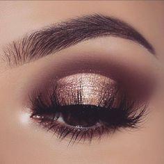 Beautiful brown/gold eye makeup look #eyemakeup
