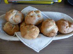Das perfekte Brot & Brötchen : Schnelle Quarkbrötchen-Rezept mit einfacher Schritt-für-Schritt-Anleitung: Das Ei mit dem Quark in die Rührschüssel…