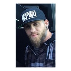 Comment your favorite song Country Music Stars, Country Singers, Tyler Farr, I Love The Lord, Brantley Gilbert, Jason Aldean, Country Boys, My Music, Sexy Men