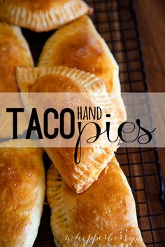 Taco Hand Pies with Kraft Shredded Cheese- aka Empanadas Mexican Dishes, Mexican Food Recipes, Pie Recipes, Cooking Recipes, Recipies, Curry Recipes, I Love Food, Brunch, Food And Drink