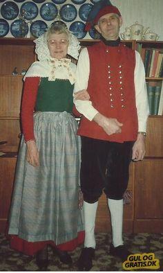 Salling dame- og Kobberup herre dragt Billede 1