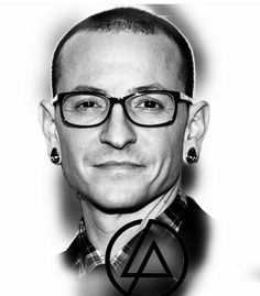 Beautiful Legend Chester Bennington ❤🤘 Your voice will always be home💙🎤🤘 Chester Bennington Tattoo, Charles Bennington, Songs With Deep Meaning, Linkin Park Chester, Mike Shinoda, Music Heals, Black And White Portraits, Beautiful Voice, Cool Bands