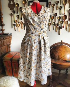 Chez Perrine sur Instagram: . I finished this springy dress this morning. I will surely add sleeves because like my legs, my arms are a complex. But but but I first… Add Sleeves, Wrap Dress, Arms, Summer Dresses, Interior, How To Wear, Instagram, Fashion, Moda
