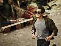 So Ji Sub & Shin Min Ah Hit The Pier For GIORDANO's Fall 2013 Ads | Couch Kimchi
