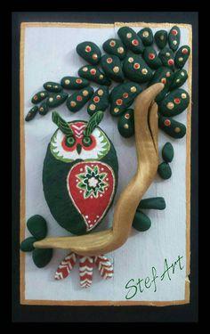 Handpainted Owl, Pebble Art, Stone Art, pallet wood, Handmade, Painting rocks…