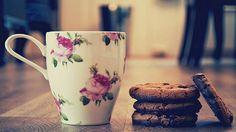 cookies and tea yum