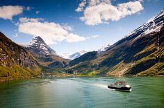 Montañas, agua y paisajes impresionantes: los fiordos más bonitos del mundo (FOTOS)