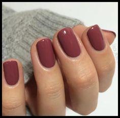 Manicure Colors, Fall Nail Colors, Nail Polish Colors, Gel Polish, One Color Nails, Winter Gel Nails, Fall Nails, Holiday Nails, Maquillage Cut Crease