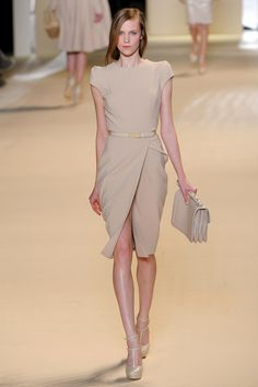Elie Saab Fall 2011 Ready-to-Wear Collection Photos - Vogue