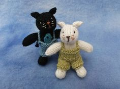 Ravelry: Cat brothers pattern by Sachiyo Ishii Crochet Hooks, Knit Crochet, Polar Bear, Teddy Bear, Knitted Animals, Circular Needles, Cat Crafts, Knitting Patterns, Dinosaur Stuffed Animal