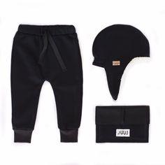 all black All Black, Trunks, Swimming, Sweatpants, Instagram Posts, Swimwear, Fashion, Drift Wood, Swim