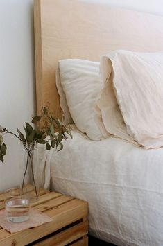 Dream Home Interior bedroom inspo.Dream Home Interior bedroom inspo Cozy Bedroom, Bedroom Inspo, Bedroom Linens, Serene Bedroom, White Bedroom, Home Interior, Interior Design, Interior Colors, Interior Livingroom