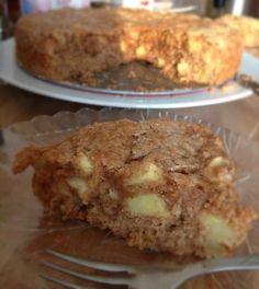Receita de Bolo de maçã e canela molhadinho. Enviada por Alessandra Freitas e demora apenas 50 minutos.