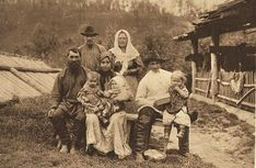 A family of Old Believers in Yenisei Province, 1912.