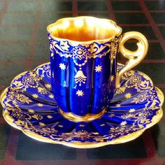 Quotes that inspire fire in you and make you fireproof. Just Like a PILOCH fireproof Bag Tea Cup Set, My Cup Of Tea, Tea Cup Saucer, Tea Sets, China Cups And Saucers, Teapots And Cups, Teacups, Vintage Cups, Vintage Tea
