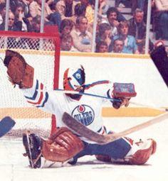 Grant Fuhr Goalie Mask, Hockey Goalie, Edmonton Oilers, Athletes, Nhl, Legends, Shots, Baseball Cards, Game
