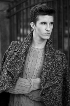 Photo: Michał Strzelecki Model: Kaan / A S management Styling & make-up & hair: Tobiasz Schmidt Blog / United_Artists